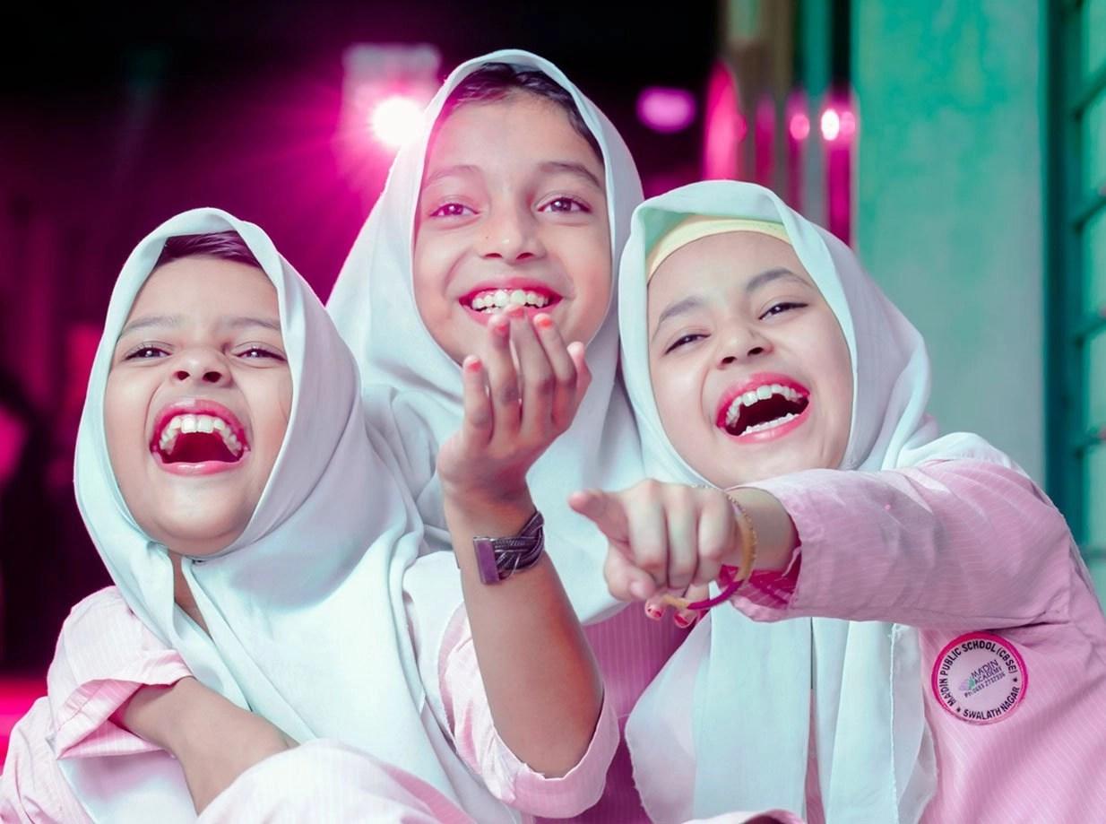 Madin-Public-School-Students_