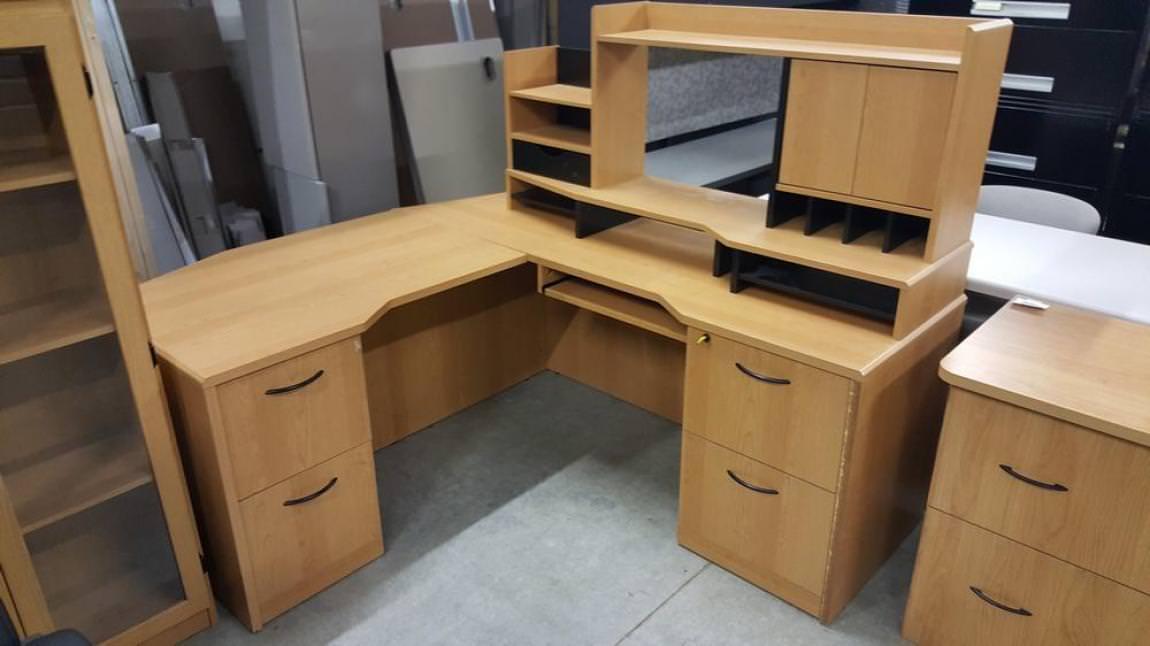 Office Desk Shaped T
