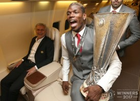 United . Celebrating Europa League victory in the air 5