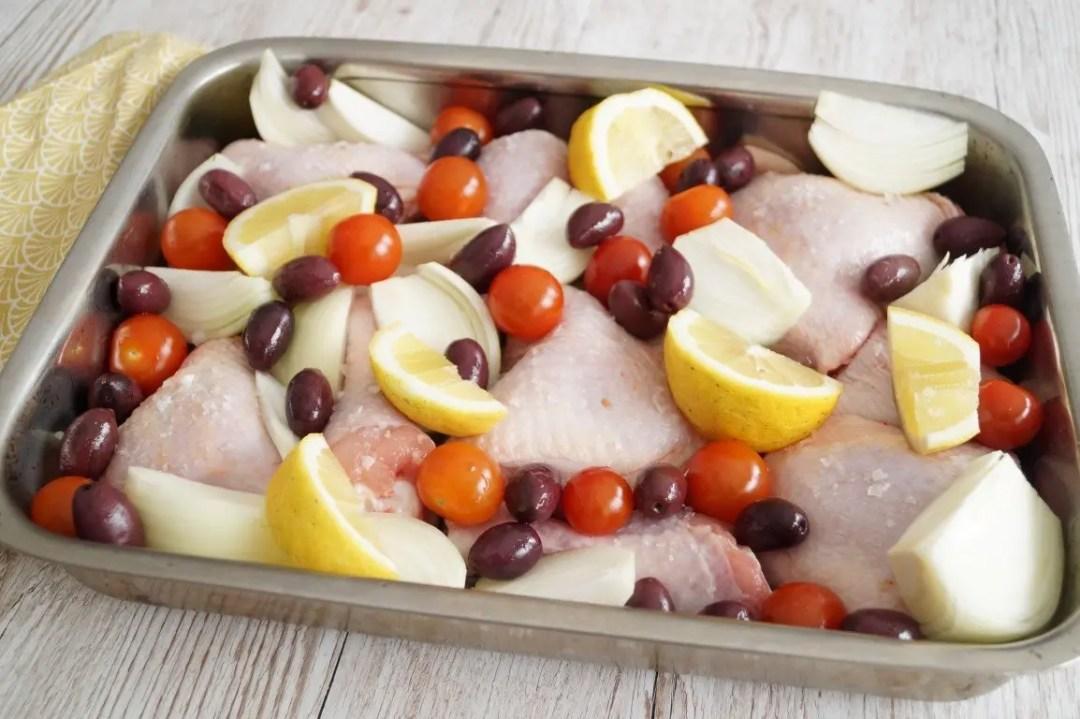 Kylling i fad med oliven og citron