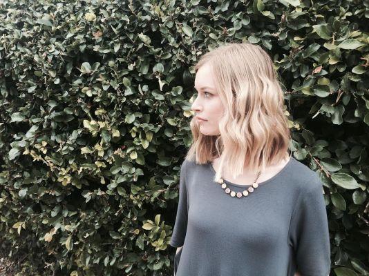 Necklace: Ann Taylor LOFT