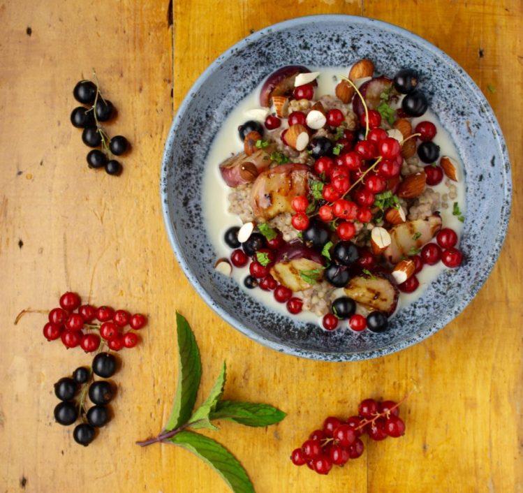 Boghvedegrød af ristet hel boghvede - Vegansk opskrift - Mad med glød