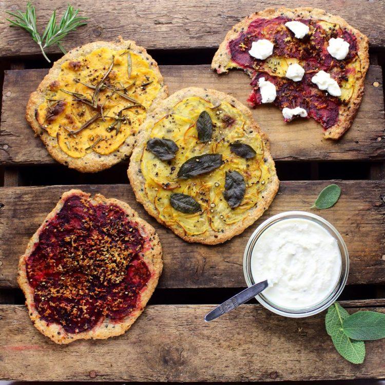 Rustik, glutenfri pizza med peberrodsdip - Vegansk opskrift - Mad med glød