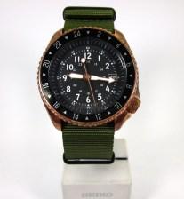 green strap11