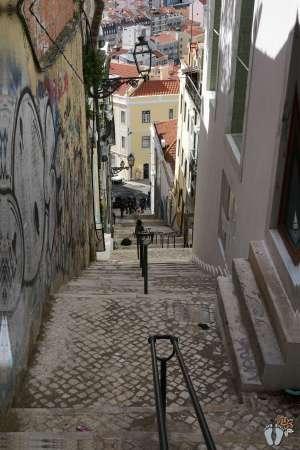 Ein typischer Fußweg - Treppen, Treppen, Treppen {Reisetagebuch Lissabon: Tag 01}