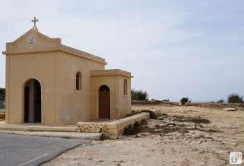 Spaziergang bei «Marfa Ridge»: Kapelle bei der «Dahlet ix_Xilep-Bucht» {Reisetagebuch Malta: Tag 03}