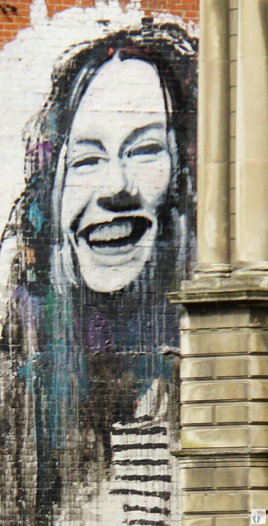 Street-Art | Künstler: Jon THOM | Lage: Vogel Street 8 {Reisetagebuch «Roadtrip durch Neuseeland mit dem Bus»: «Dunedin»}