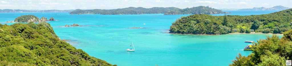 Schifffahrt durch die Bay of Islands {Reisetagebuch «Roadtrip durch Neuseeland mit dem Bus»}