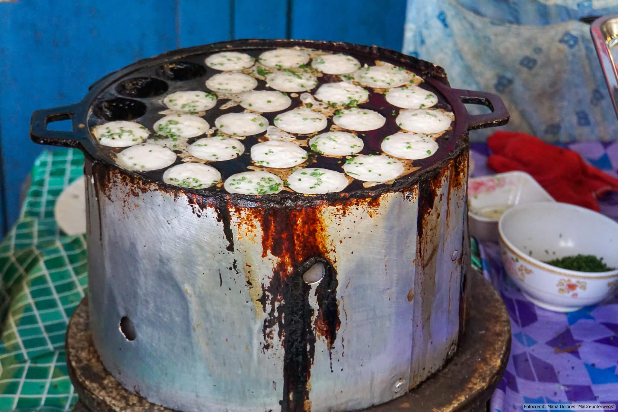 Khanom Krok (Kokos-Reis-Dessert) (Reisetagebuch «Thailand als Alleinreisende ohne Roller entdecken»)