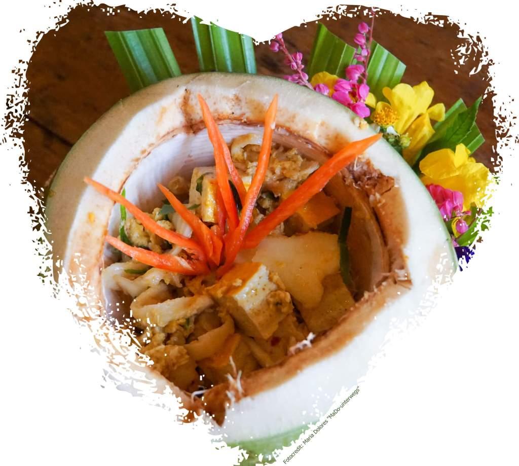 Zabb-E-Lee Thai Cooking School: steamed red curry with tofu in coconut (Reisetagebuch «Thailand als Alleinreisende ohne Roller entdecken»)