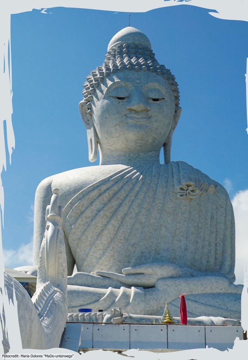 Big Buddha auf dem Nakkerd Hill in Phuket Chalong (Reisetagebuch «Thailand als Alleinreisende ohne Roller entdecken»)