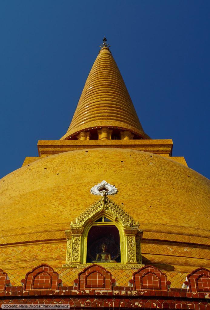 Phra Pathom Chedi in Nakhon Pathom (Reisetagebuch «Thailand als Alleinreisende ohne Roller entdecken»)
