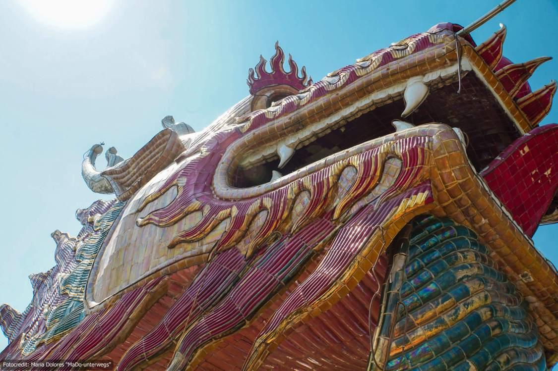 Wat Samphran (Drachentempel) in Nakhon Pathom - Drachenkopf (Reisetagebuch «Thailand als Alleinreisende ohne Roller entdecken»)