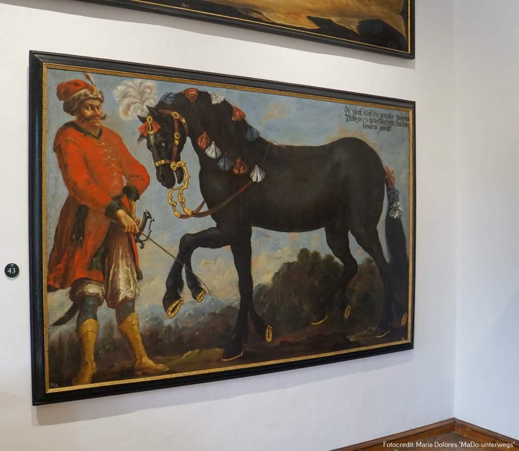 """Schloss Hellbrunn: Bild """"orientalisch gekleideter Mann mit achtbeinigem Pferd"""" [10 Roadtrip Salzburg]"""