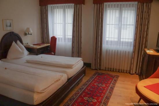 """Zimmer im """"Altstadthotel Stadtkrug"""" [10 Tage Roadtrip Salzburg]"""
