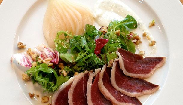 Andebryst, pære og gorgonzola