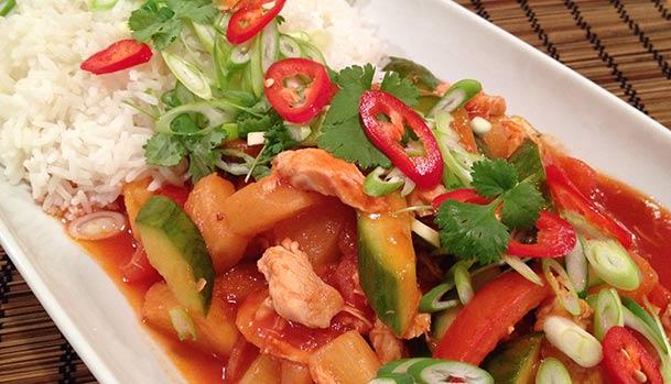 Sur Sød Kylling Med Ananas Sund Opskrift Fra Thailand