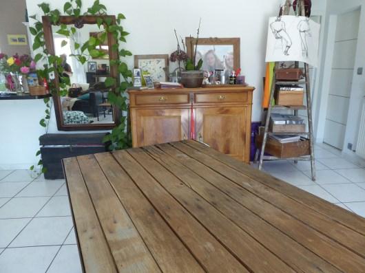 relooking meuble création table indus bois décoration intèrieur aérogommage