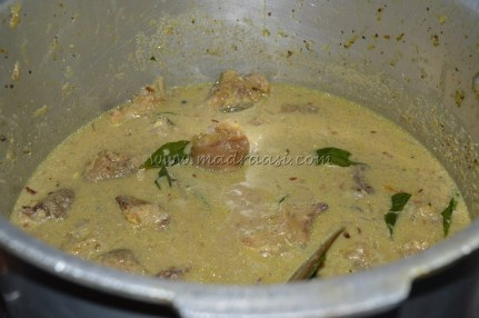 With pressure cooked paya