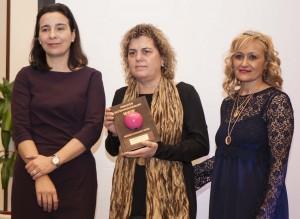 Teresa Palahí en la entrega de Premios Internacionales MADRID WOMAN'S WEEK, junto a Carmen M. García, fundadora de MWW, y Carmen Plaza, directora general de Igualdad de Oportunidades del Gobierno. Fotógrafa: Carolina Fernández