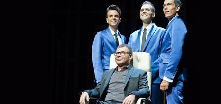 La polémica entrada de Jorge Javier en el #Teatro