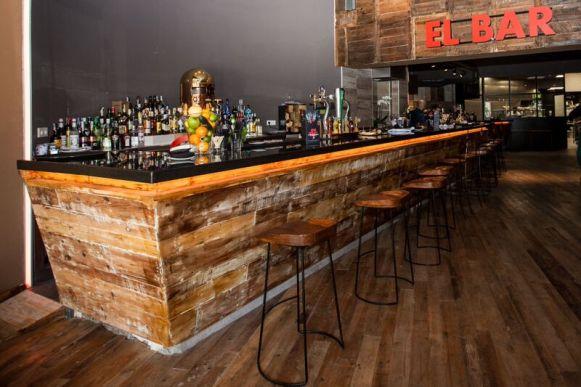Bar - Farándula de Chamberí desde la calle