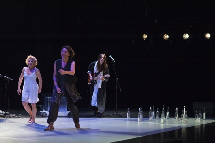 SÓLO SON MUJERES De Carmen Domingo en el Teatro de La Abadía
