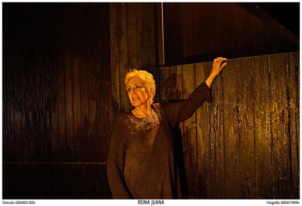 Reina Juana con Concha Velasco en el Teatro de La Abadía
