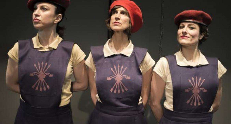 LA SECCIÓN (Mujeres en el fascismo español) en el Teatro Español