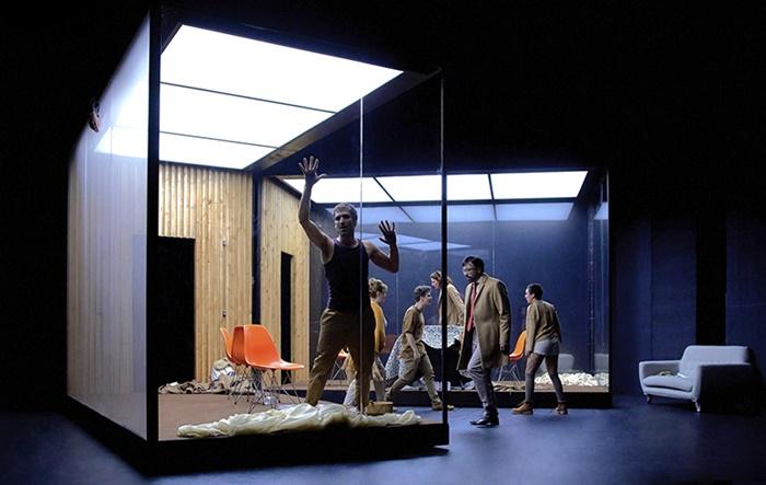 REFUGIO en el Teatro María Guerrero