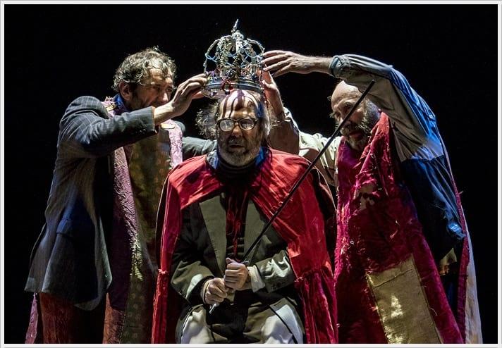 AHORA TODO ES NOCHE (Liquidación de existencias) de La Zaranda en el Teatro Español