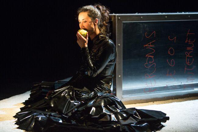 LA PIEL en el Teatro Pradillo