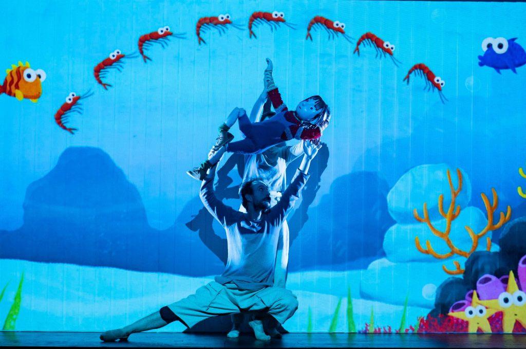 Primeras imágenes de PEREGRINOS, que llega al en el Pavón Teatro Kamikaze #Madrid.