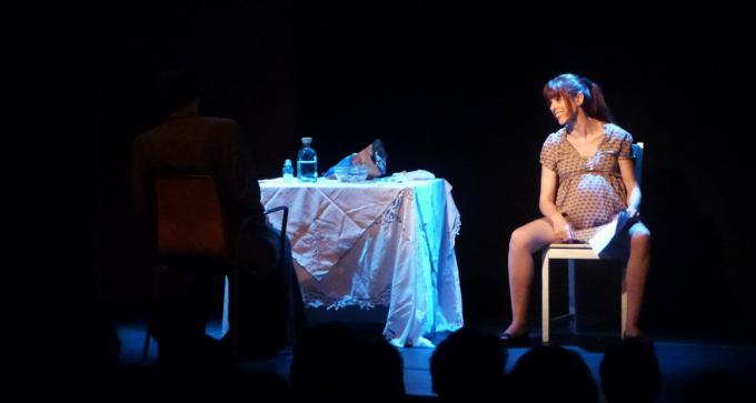 teatro-madrid-gratis-mujeres-papel