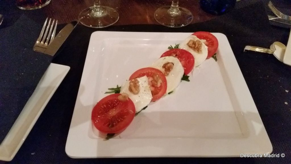 Eating well on less than 15 euros in Madrid -salada caprese