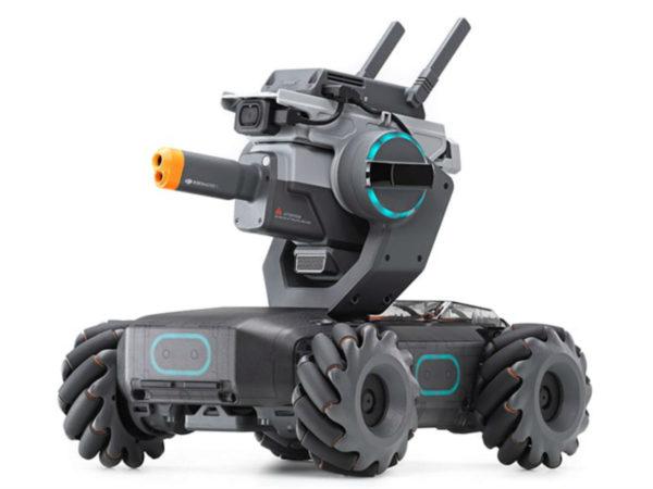 Роботостроение, это не только громоздкие механизмы. Это и игрушки. К примеру, игрушечный колесный танк Robomaster S1.