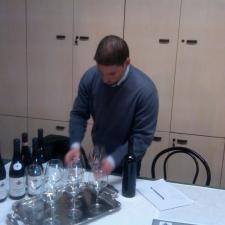 Giorgio Zanetta preparing the tasting