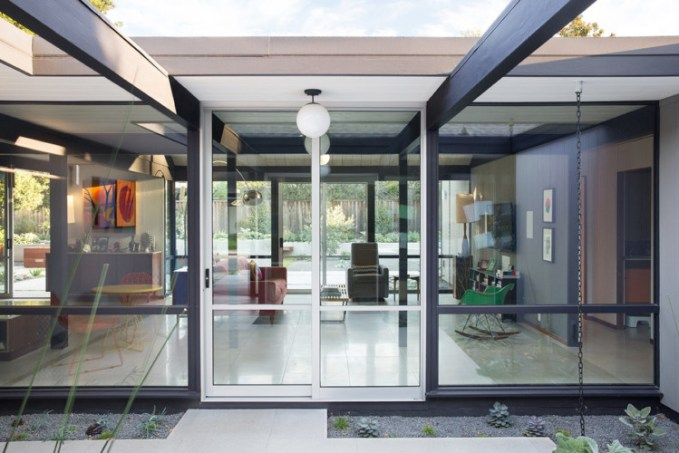 Renewed Classic Eichler. Photo: Mariko Reed