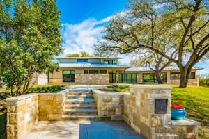 Barley Pfeiffer 2020 Austin Modern Home Tour