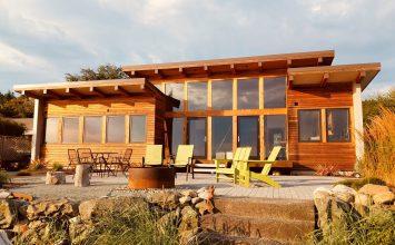 Josh Architecture's Whidbey Island Modern Home