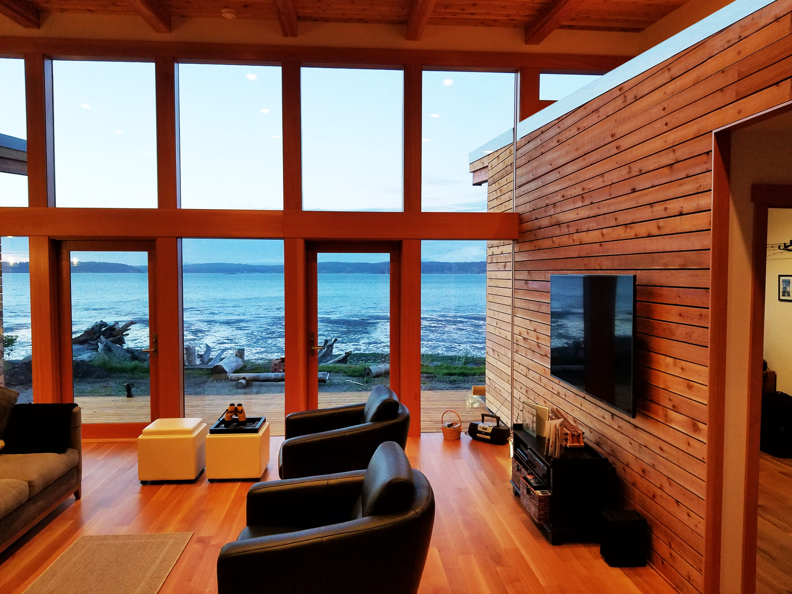 Josh Architecture glass wall and living space