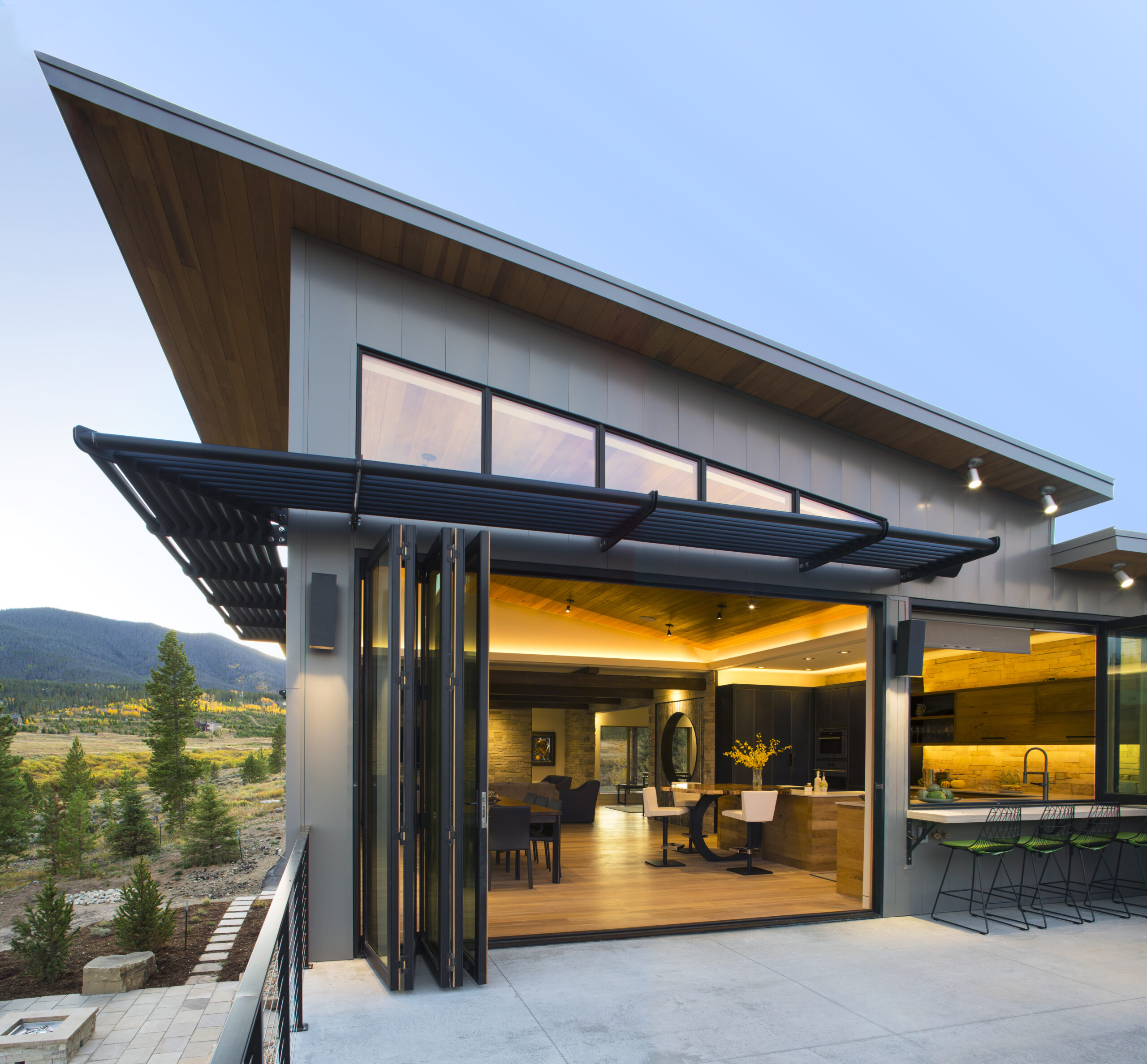 Ewers Architecture patio accessed through folding glass walls
