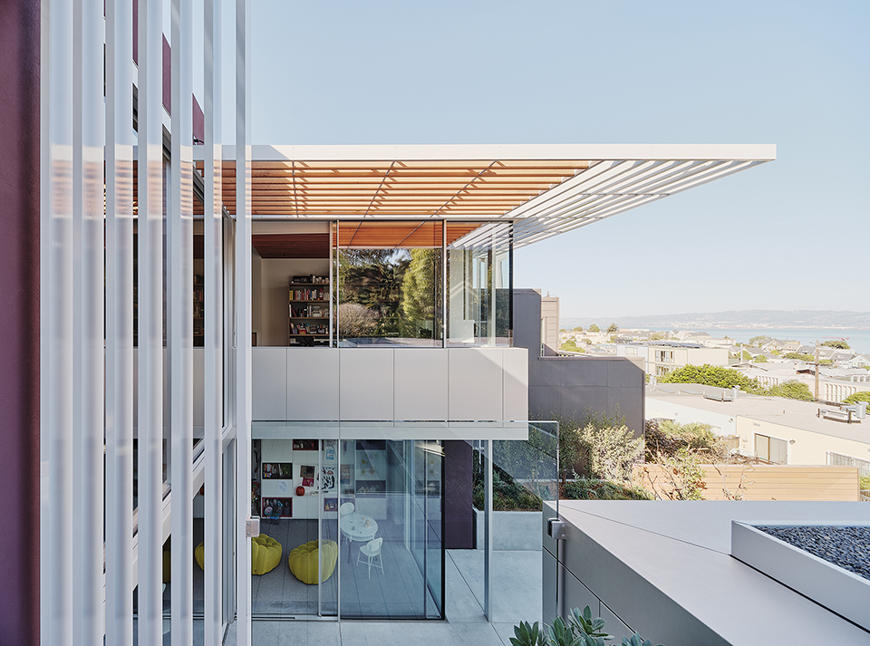 Fougeron Architecture's translucent home has an amazing view