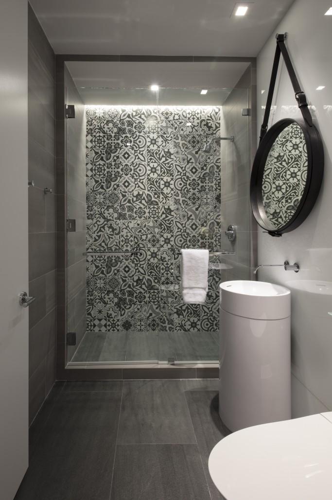 FORMA Design small bathroom