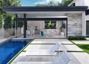 Gary R. Chandler Architecture & Interiors Makes Entertaining Elegant and Simple in Houston