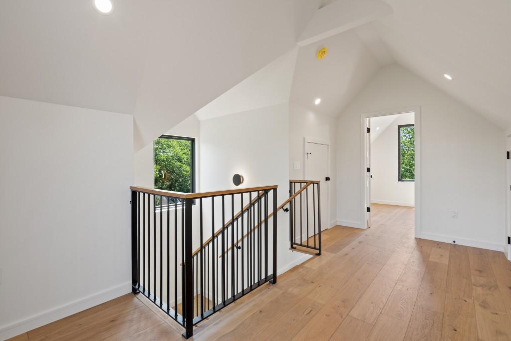 Studio Momentum Architects Attic Space