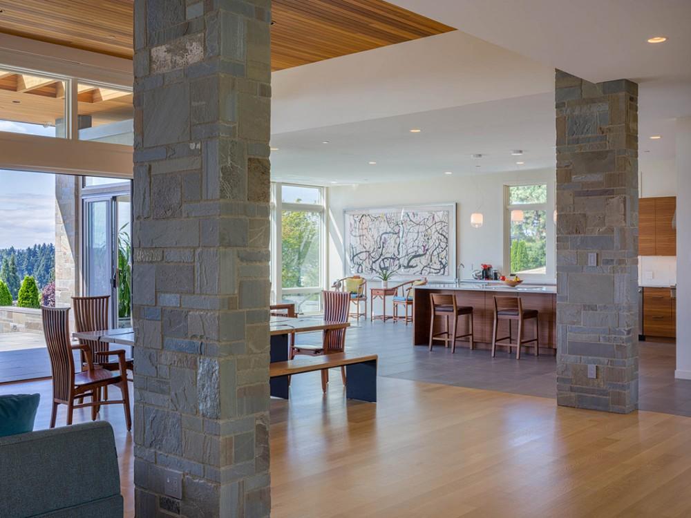 Baylis Architects dining, kitchen, family area