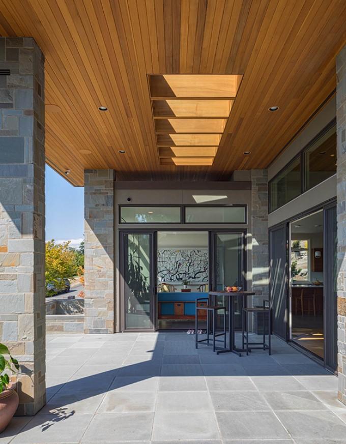 Baylis Architects front patio