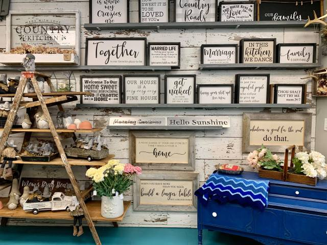 Booth 121 Home Decor Signs
