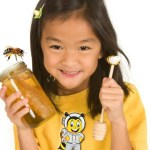 Manfaat dan Khasiat Madu Untuk Anak